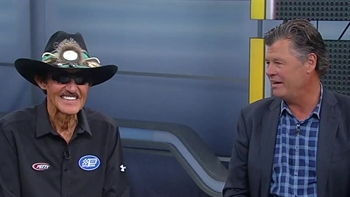 Michael Waltrip recalls his favorite memory of Richard Petty | NASCAR RACE HUB