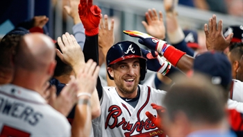WATCH: Braves bash four home runs to take series over Giants
